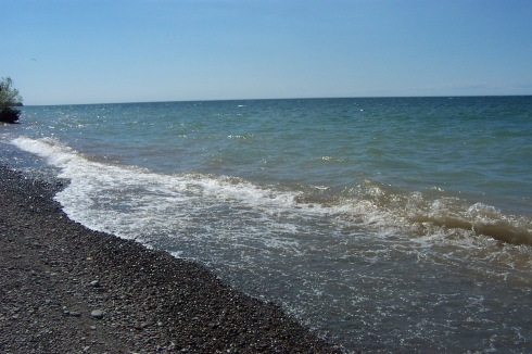 Sun shines upon the pretty blue waters of Lake Ontario